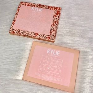 Kylie Cosmetics Makeup - Under The Sea Palette 🐚